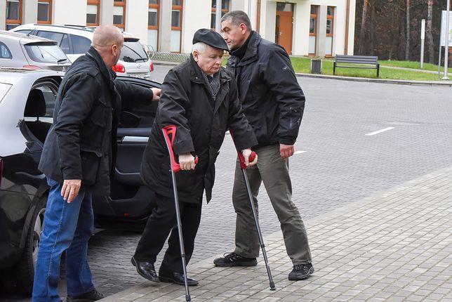 Jarosław Kaczyński ma kłopoty z chodzeniem. Sam mówi o swoim stanie zdrowia