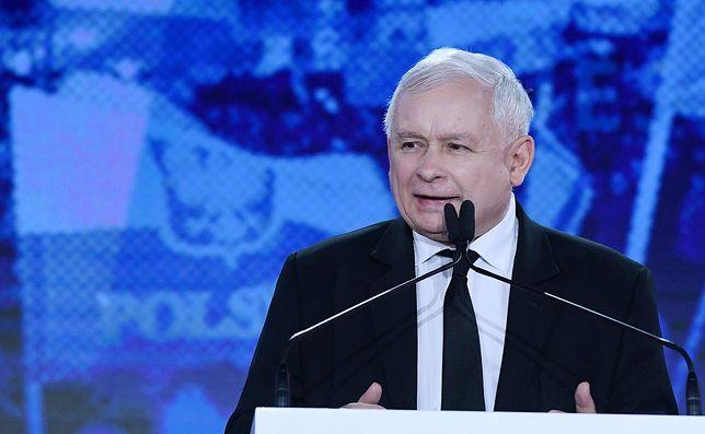 """Kaczyński pogroził palcem. """"Uważajcie!"""""""