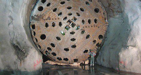 Megawiertło, które drąży tunele