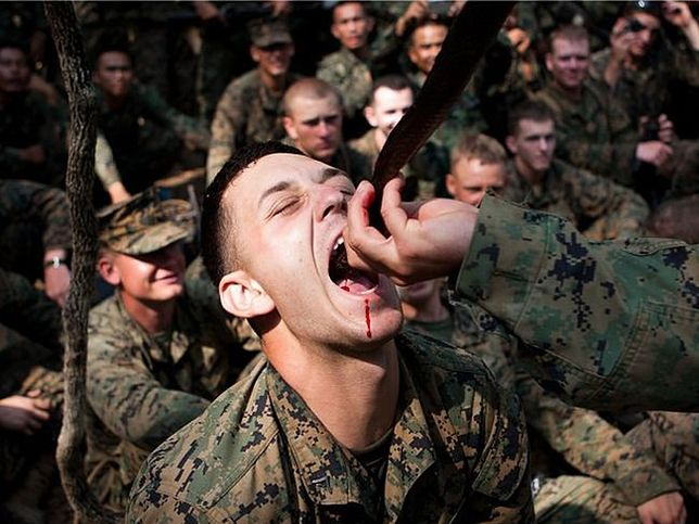 Tak żyją amerykańscy marines!