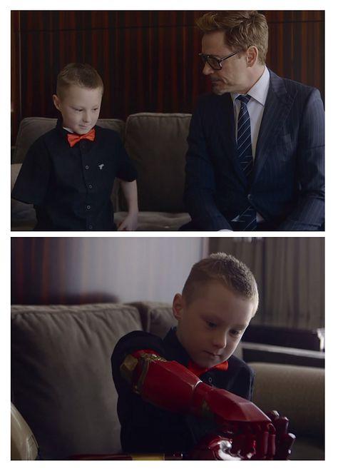 Znany aktor, sztuczne ramię i siedmioletni chłopczyk