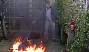Czy odkurzaczem ugasisz pożar? Zobacz film!