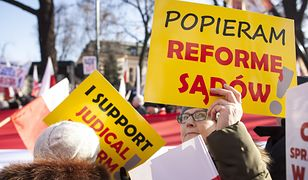 """""""Financial Times"""" ostro o Polsce: praworządność jest coraz bardziej zagrożona"""