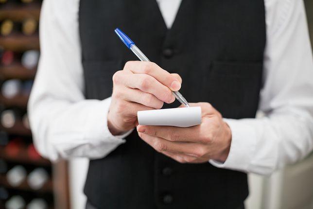 Kelnerzy przesiądą się na skutery? Rewolucja na rynku restauracyjnym