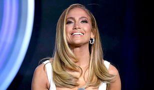 Nowa fryzura Jennifer Lopez. Postawiła na ostre cięcie