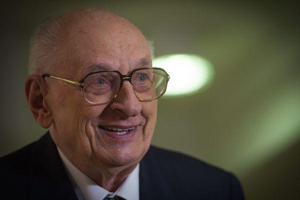 Prof. Władysław Bartoszewski