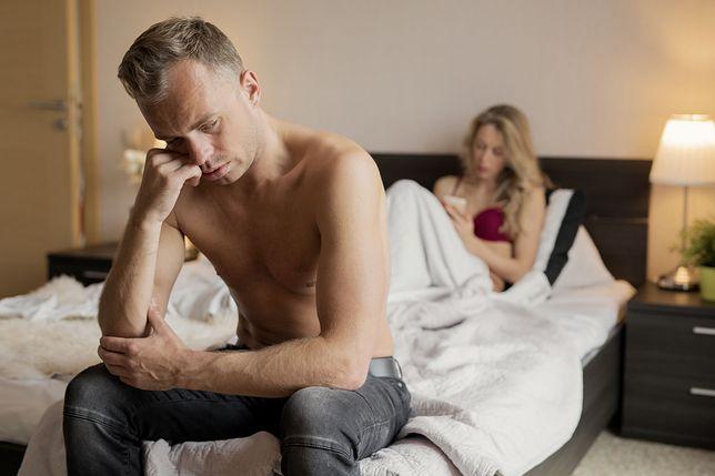 Mężczyźni, którzy nie dbają o higienę jamy ustnej częściej mają problemy w życiu erotycznym.