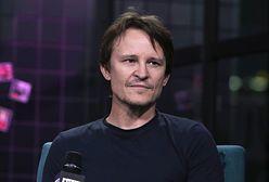 Damon Herriman to hollywoodzki Charles Manson. Tarantino wybrał go nie bez powodu