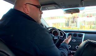 Mężczyzna dostał mandat za śpiewanie w samochodzie