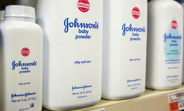 Johnson & Johnson ukarany. Musi zapłacić 72 miliony dolarów rodzinie kobiety, która zmarła na raka