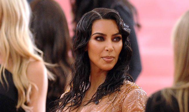 Kim Kardashian niesamowicie zmieniła się na przestrzeni lat.