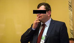 W październiku 2019 Zbigniew S. w siedzibie ministerstwa groził, że pozbawi życia żonę ministra Patrycję Kotecką oraz ich dziecko.