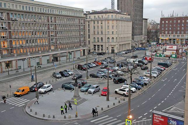 Chcą konsultacji ws. placu Powstańców!