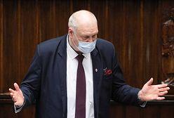 Szef prokuratury ujawnił swój majątek. Prawie milion oszczędności