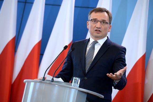Rodzina Zbigniewa Ziobry oskarża lekarzy, którzy zajmowali się jego ojcem
