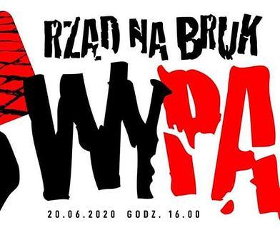 Warszawa. Ogólnopolski Strajk Kobiet maszeruje przez stolicę z hasłem WyPAD! Rząd na bruk!