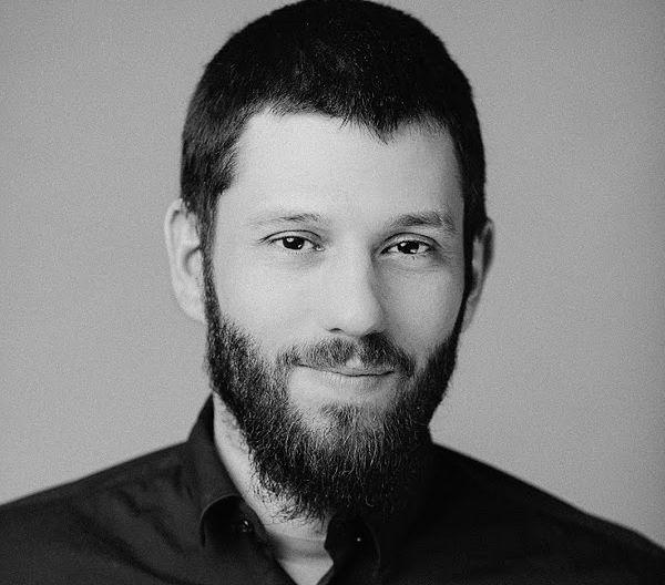 Dr Mikołaj Winiewski zajmuje się badaniem antysemityzmu i mowy nienawiści