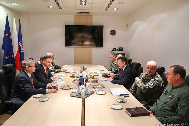 Spotkanie poświęcone było wspólnemu omówieniu sytuacji po wypadku z udziałem samolotu MiG-29 - informuje Kancelaria Prezydenta