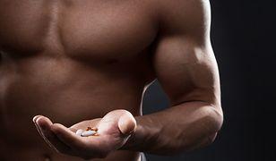 Odpowiednie dawkowanie kreatyny pozwoli nam rozbudować mięśnie