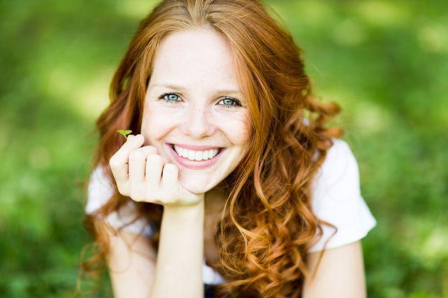 Ludzie wyczuwają uśmiech instynktownie, z odległości niemal 100 m.
