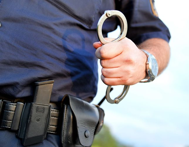 Brodnica: były policjant oskarżony o gwałt na komisariacie