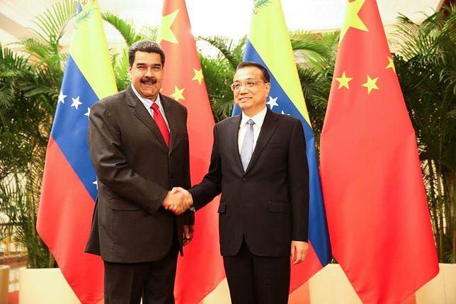 Wenezuela: Maduro stołuje się w wykwintnej restauracji, a Wenezuelczycy żyją na skraju nędzy