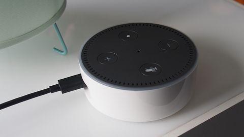 Amazon Echo Dot: pierwsze chwile z asystentką Alexa