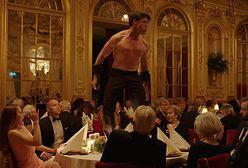 """Cannes 2017: """"The Square"""", czyli dlaczego biedni ludzie nie lubią sztuki? [RECENZJA]"""