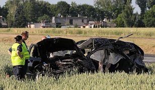 Tragiczny wypadek w Elżbietowie. Dzieci zostaną pochowane razem z matkami