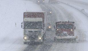 GDDKiA: trudna sytuacja na drogach, autostrada A2 z kłopotami