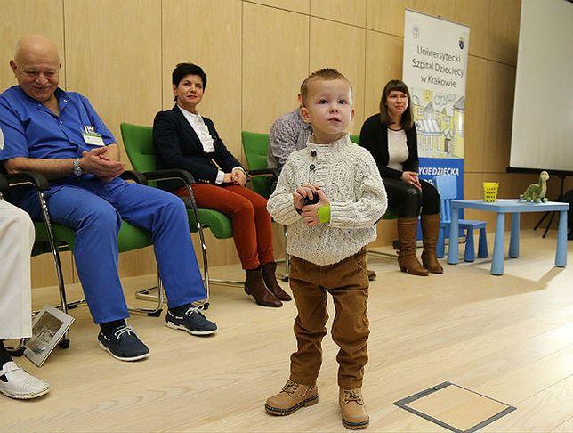 2-letni Adaś uratowany z hipotermii wypisany ze szpitala