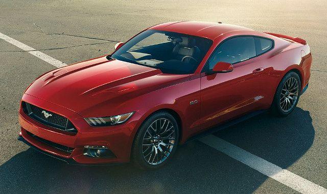 Ford Mustang GT: pierwszy do zlicytowania