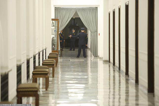 Sejm. Kotara na korytarzu prowadzącym do Marszałka Sejmu