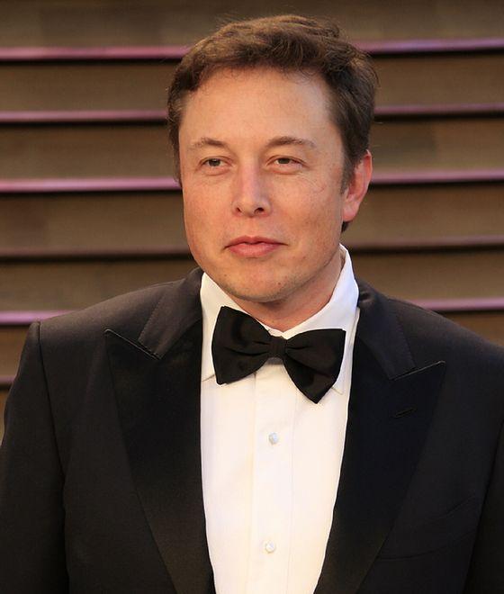 Elon Musk chce być pionierem kosmicznego internetu