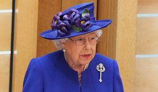 Królowa Elżbieta II ma 8 wnuków. Nie wszystkich lubi tak samo