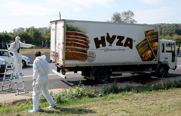 Zwłoki znaleziono w ciężarówce chłodni, odstawionej na autostradzie A4 między granicą Węgier a Wiedniem