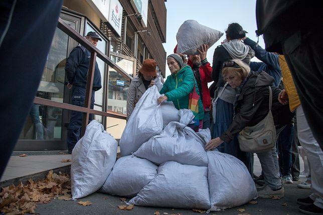 Happening przed siedzibą PiS na ul. Nowogrodzkiej