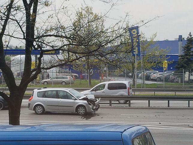 Wypadek drogowy przy siedzibie Wirtualnej Polski