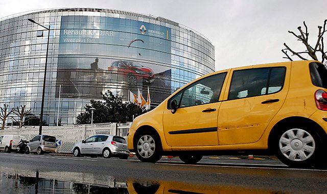 Renault sprawdzi 15 tys. swoich nowych samochodów
