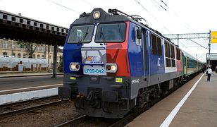 PKP Intercity kontroluje wagony. Brak klimatyzacji, toalet, nie mówiąc o dostępie do internetu