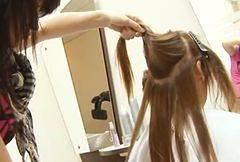 Pastelowe pasma we włosach hitem sezonu