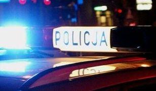 Policja prowadzi czynności na miejscu wypadku