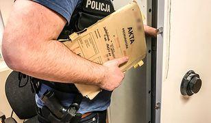 """Zabójstwo mężczyzny w Żaganiu. Policjanci z """"Archiwum X"""" wracają do sprawy sprzed 21 lat"""