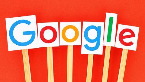 Wyszukiwarka Google z nowym widokiem podpowiedzi. Nie jest dostępny dla wszystkich