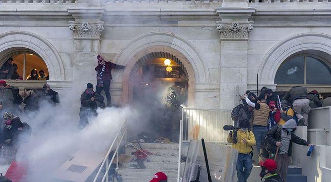 FBI podało nazwiska osób zatrzymanych po ataku na Kapitol