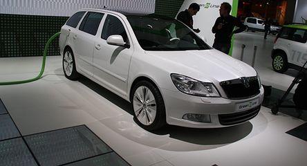 Zielona Skoda i cztery nowości Chevroleta
