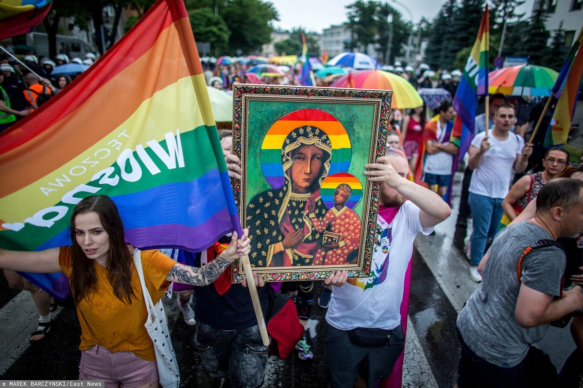 Sąd w Częstochowie zdecydował ws. wizerunku Matki Boskiej z tęczową aureolą, który pojawił się na Marszu Równości w 2019 r.
