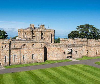 Wygląd zewnętrzny zamku jest zasługą XVIII-wiecznego architekta