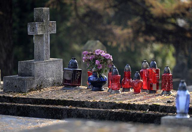 Jak bez problemu dojechać na cmentarz - mapy
