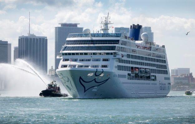 Na pokładzie statku jest około 700 pasażerów